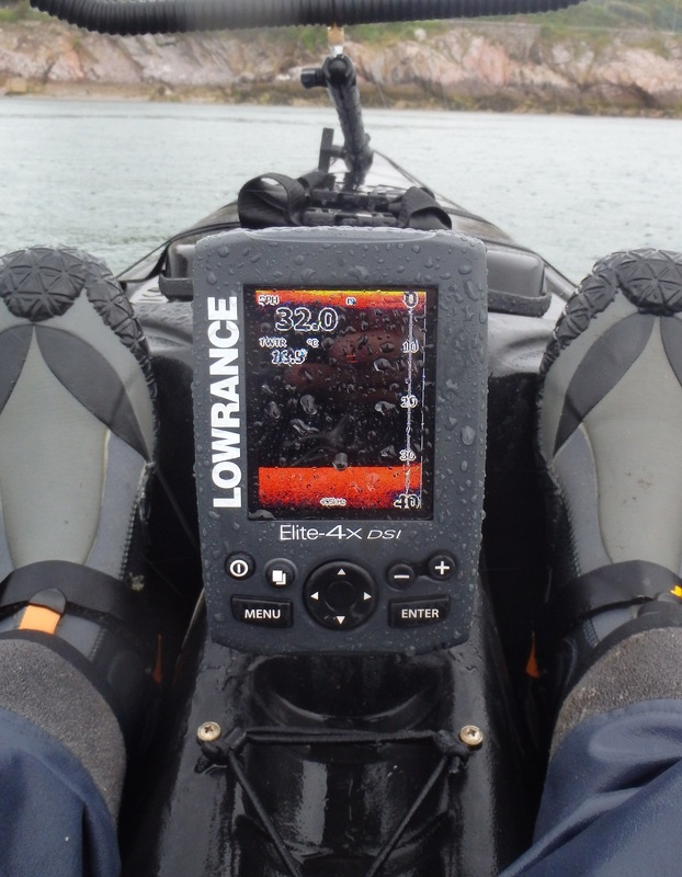 Lowrance Fishfinder on a RTM Tempo