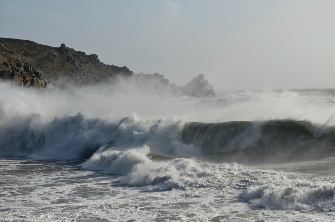 Huge Wave from Storm Imogen at Lamorna Cove