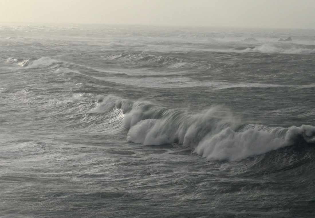 Big Swell from Storm Imogen at Lands End