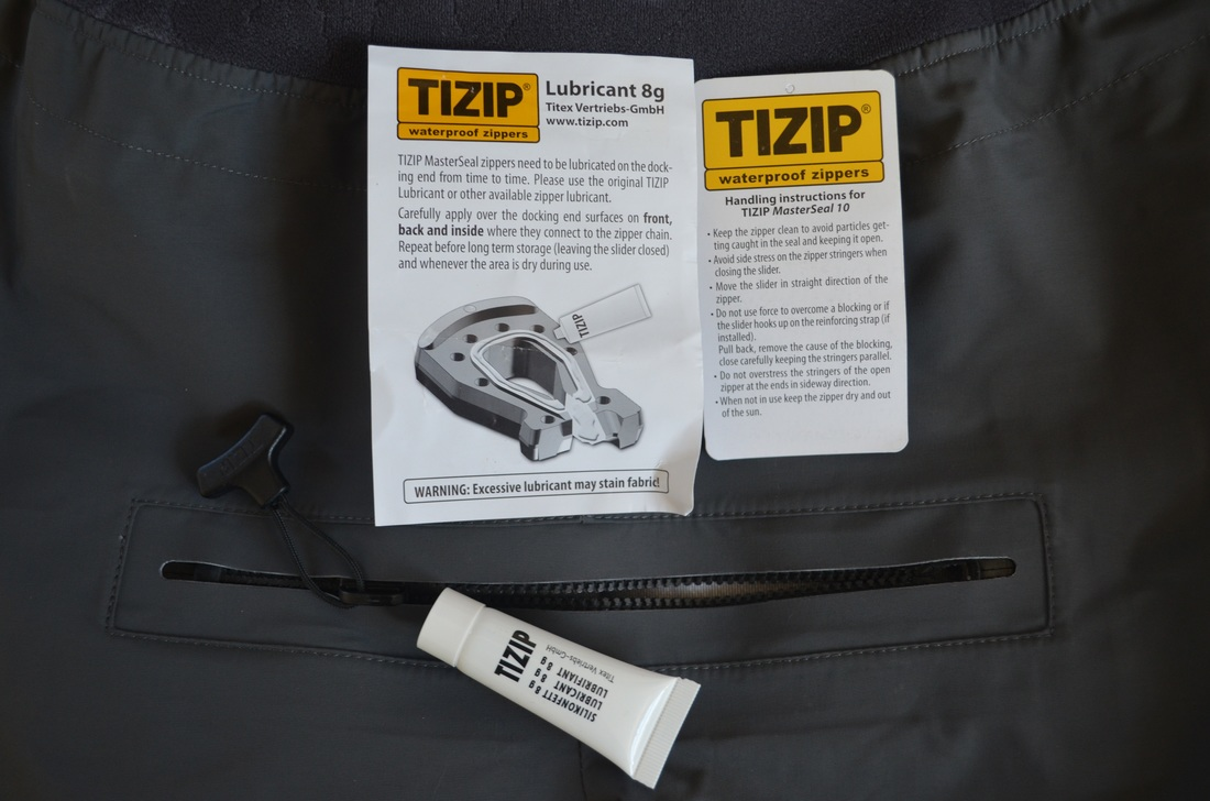 Palm Atom Bib - TiZip Relief Zip with Lubricant