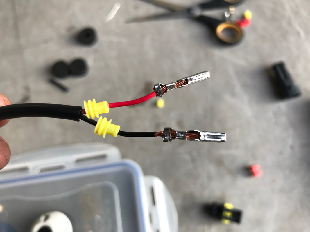 Fitting a Superseal connector to a fish finder power cable